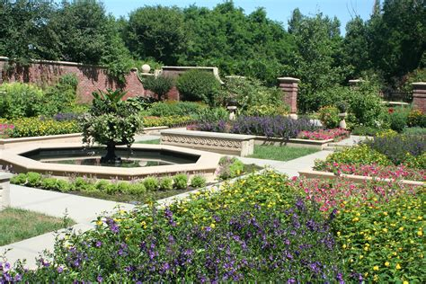 Omaha Botanical Gardens