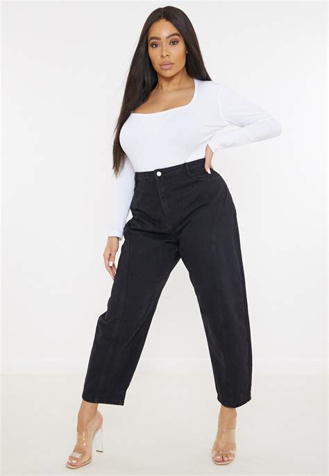 Tapered Jeans for Women