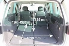 Ford Galaxy Kofferraum Maße - adac auto test vw sharan 2 0 tdi scr bmt highline