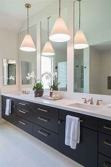 a beautiful alternative for lighting in the bathroom