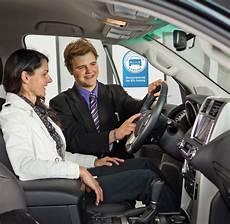 im autohaus kann s teurer werden kfz versicherungen im