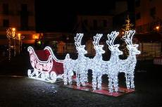 Walmart Decorations Outdoor by 9 Commercial Size Reindeer And Sleigh Lighted