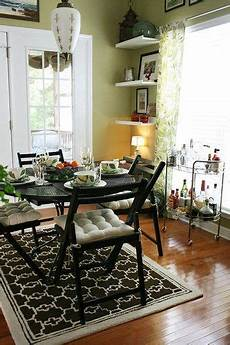 how cute is that l walls valspar wasabi dining room paint colors dining room paint