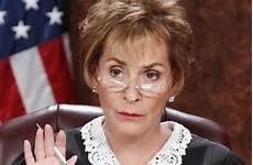 judge judy debuts new hairdo after 22 years see her new