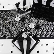 D 233 Coration De Table Sur Le Th 232 Me Noir Et Blanc