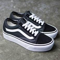 vans skool platform black white