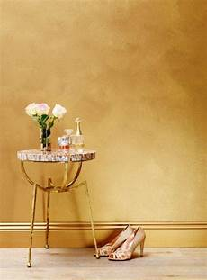 wand gold streichen sydney harbour paint company gold painted walls gold