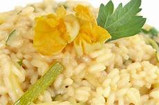 ricetta per risotto ai fiori di zucca ricette con i fiori di zucca 10 imperdibili piatti da provare