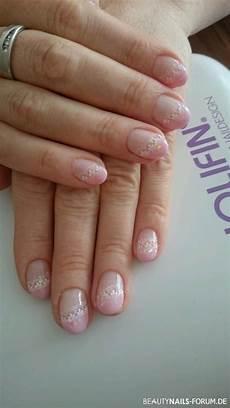 sting mit glitter in rosa wei 223 nageldesign