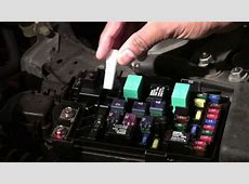 How to diagnosis and change the fuse of Honda Accord 2007