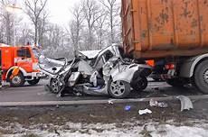 Bb Heute Sindelfingen Schwerer Unfall Auf Der Autobahn