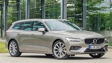 2019 volvo v60 d4 versatile family estate