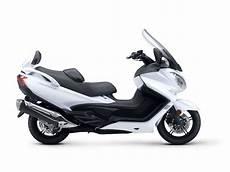 scooter burgman 650 2018 suzuki burgman 650 executive review total motorcycle