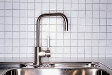 moen kitchen faucet problems how to troubleshoot moen pull out kitchen sink faucets home guides sf gate