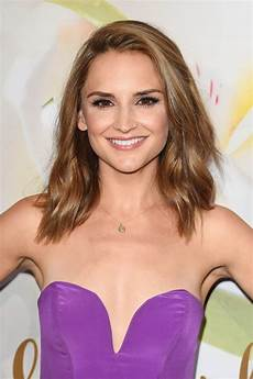 rachael leigh cook at hallmark event at tca summer tour in