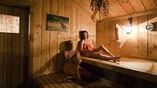 geen misstanden met s in onderzochte sauna s nos