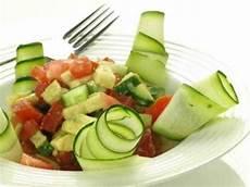 zucchini tomaten salat zucchini tomaten salat rezept cucina de