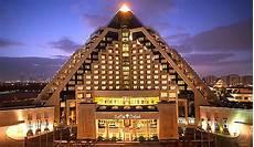 best hotels in dubai looking for a luxury hotel