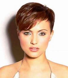 Pixie Hairstyles With Bangs