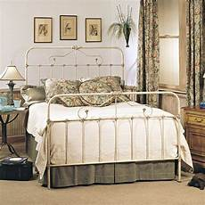 White Metal Bed Bedroom Ideas by Exceptional Antique Wrought Iron Bed 274953 Home