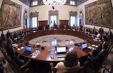 sito consiglio dei ministri il primo consiglio dei ministri secondo governo conte