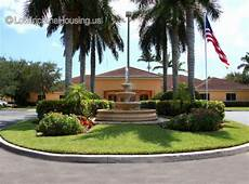 Low Income Apartments In Miami Gardens by Hamlet At Walden Pond Miami Gardens 20855 Nw 9th Ct