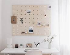 Pinnwand Selber Bauen - these awesome pegboard desks are the best organization