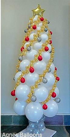 balloon garland chirstmas tree such a great idea balloon
