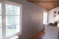 mur en crepis peindre un mur cr 233 pi 224 l int 233 rieur de votre maison facilement