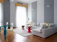 come dipingere il soggiorno come dipingere le pareti di casa a strisce