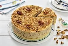 creme pentru tort jamila tort egiptean cu nuci caramelizate reteta video jamilacuisine