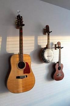 assumer guitare rangement mural apartmenttherapy deco