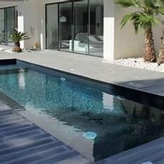 colle carrelage piscine carrelage piscine et mosaique piscine pour une piscine