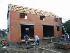 construction de maison en photo de maison en construction