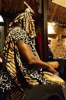 Mamma Dresden - africa dresden coment 225 rios de restaurantes
