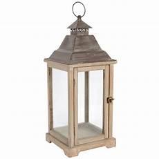 lanterne en bois lanterne en bois h 61 cm ad 200 le maisons du monde