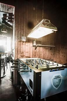 partyraum selber bauen mit wandboard bar lounge theke