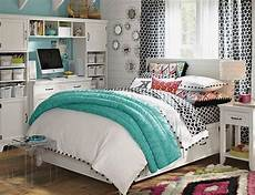 Womens Bedroom Ideas For Small Rooms by Small Bedroom Ideas For Search