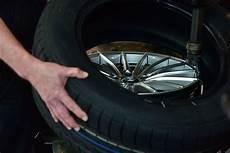 Welcher Reifen Passt Auf Welche Felge - reifen spezialist leistungen in essen engelhardt gmbh