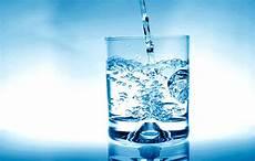 bicchieri d acqua tutorial versare un bicchiere d acqua ft altri liquidi