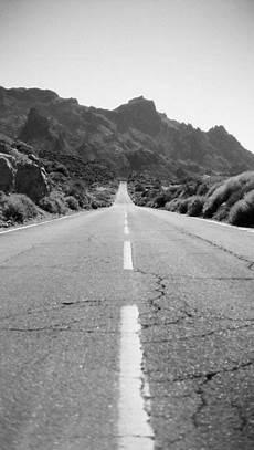 black and white road iphone wallpaper black and white road b a c k g r o u n d s black