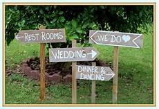 Outdoor Wedding Signs