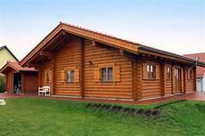 Wohnblockhaus Aus Rundholzst 228 Mmen Perr Blockh 228 User