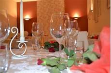 candela romantica offerta con cena romantica a lume di candela in toscana