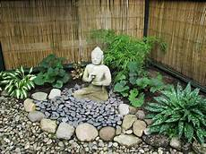 Zen Garten Pflanzen - my zen garden buddha and the dunce