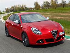 Alfa Romeo Giulietta Quadrifoglio Verde - car in pictures car photo gallery 187 alfa romeo giulietta