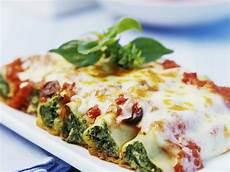 cannelloni ricotta spinat cannelloni mit spinat rezept eat smarter