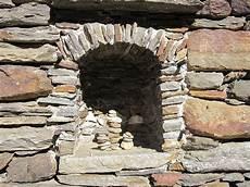 steine zum mauern mit der richtige stein f 252 r jede mauer