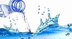 Pengelolaan Air Minum Selama Mendaki Gunung Paket Wisata