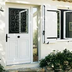 lapeyre porte entree les portes d entr 233 e en pvc entr 233 e porte